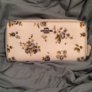 Coach Wallet Yellow Floral Print